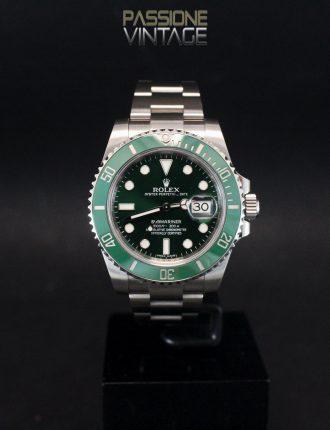 Rolex 116610LV Submariner Hulk